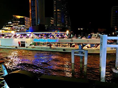 曼谷 遊船 跨年