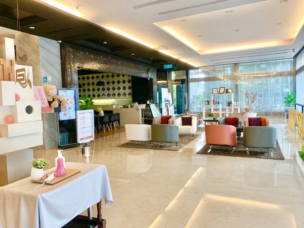 冠閣大飯店咖啡廳